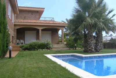 Exclusive villa with sea view on Maresme coast
